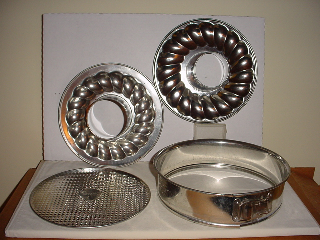 Everything Kitchen Tupperware Vintage Corelle