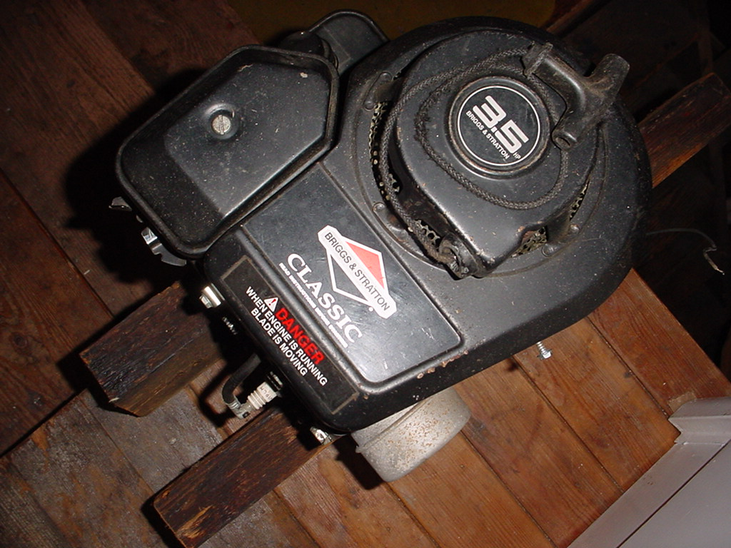 Home yard and garden briggs stratton engine dixon snow for Briggs and stratton 5hp motor