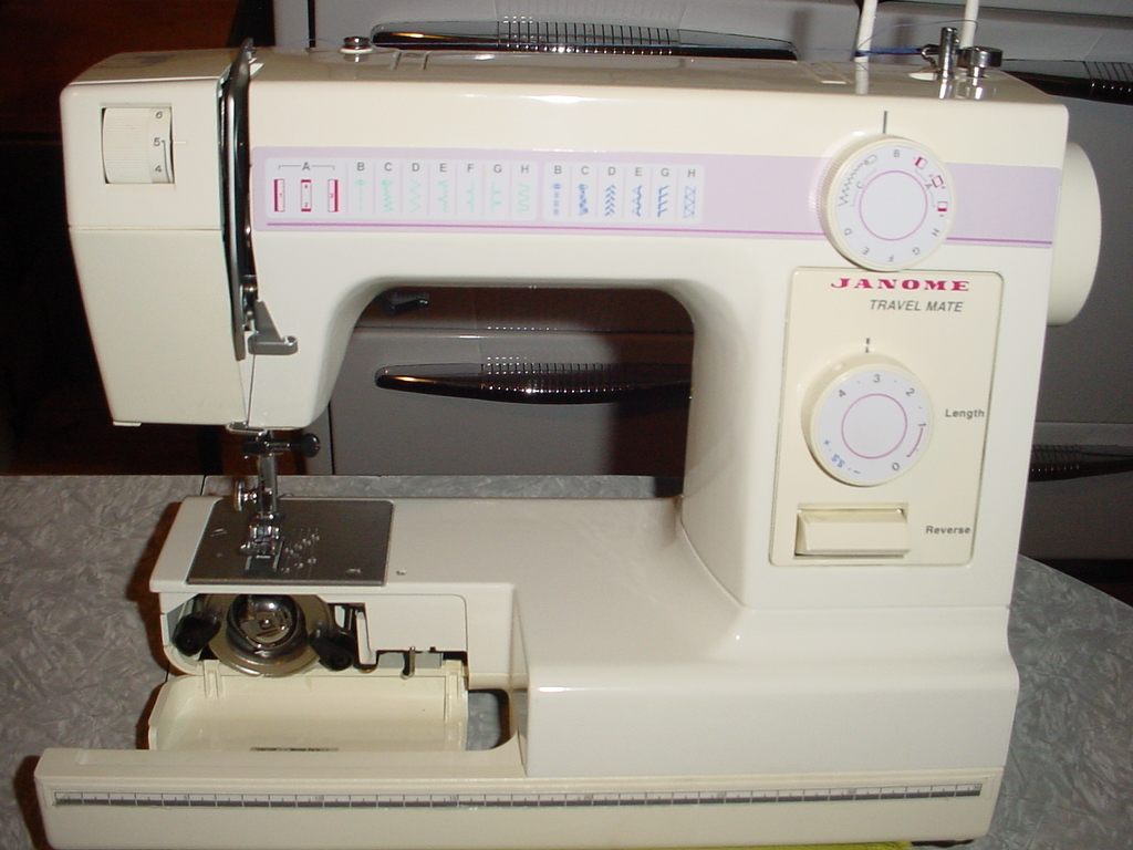 Janome Sewing Machine Model 4612 Travel Mate View 9 ...